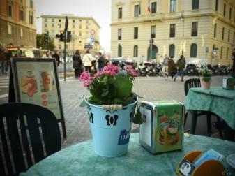 просто уютное кафе :)